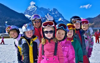 5-DAYS-KIDS-BEGINNERS-Fun-und-Games-in-our-Family-Ski-Paradise